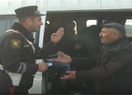 Polis Ford sürücüsü ilə dava etdi: Camaatın 6 balası birdən öldü - VİDEO